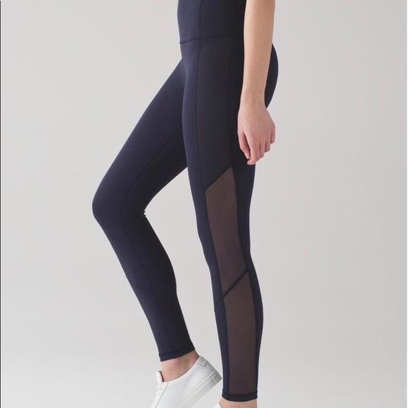 "38d8b7eb796378 lululemon athletica Pants - Lulu Lemon ""Body Con"" stylish mesh leggings"